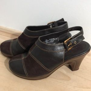 Tommy Hilfiger women's clog /shoes size 8M- Brown